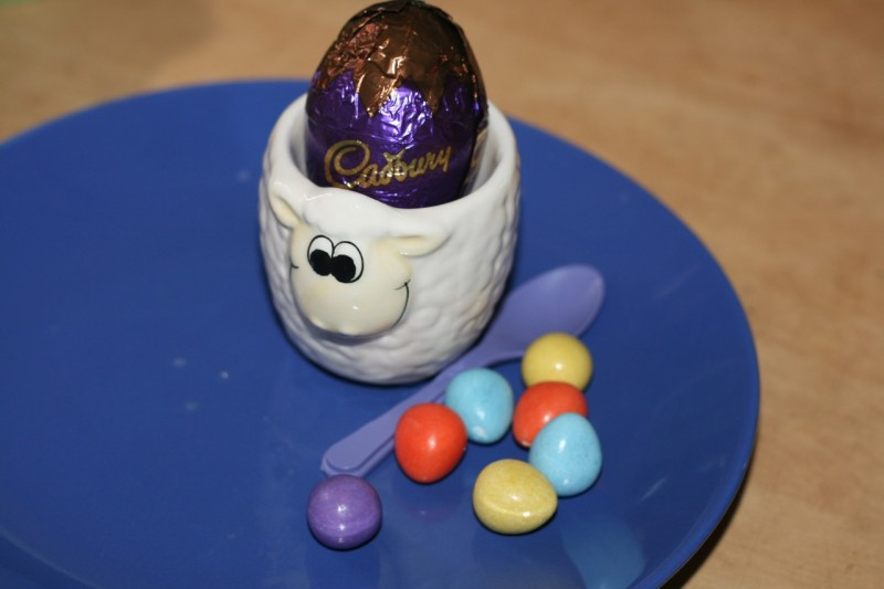 Cadbury's egg'n'spoon