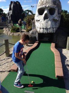 Pirate adventure golf